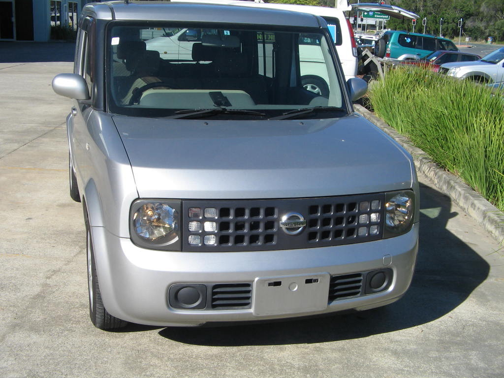 img 3306 1-nissan-cube-silver-hand-cont-7